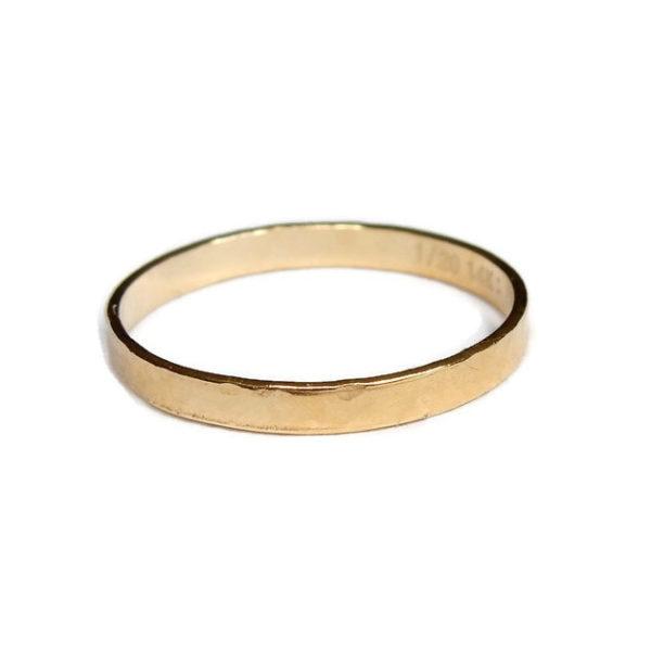 Gnoes | Ring breed gehamerd gold filled