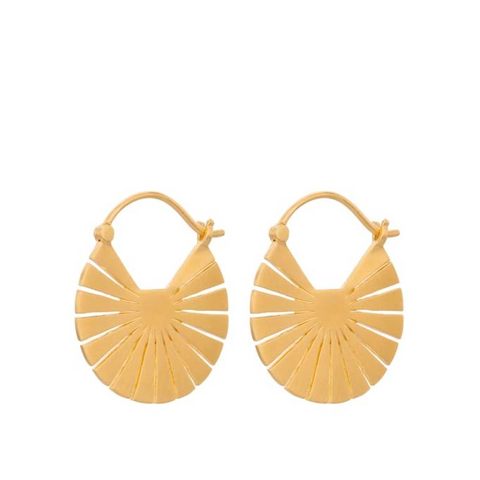 Small Flare earrings gold plated | Pernille Corydon