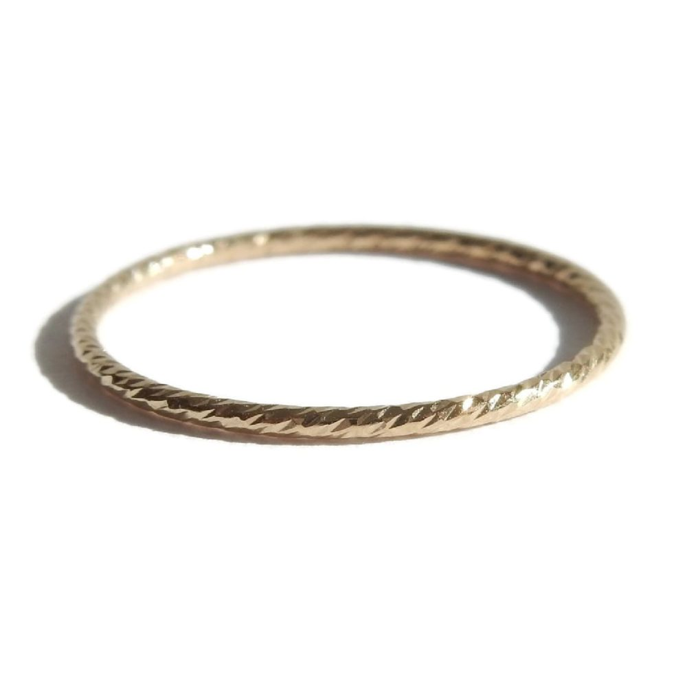 Gnoes | Gedraaide ring gold filled