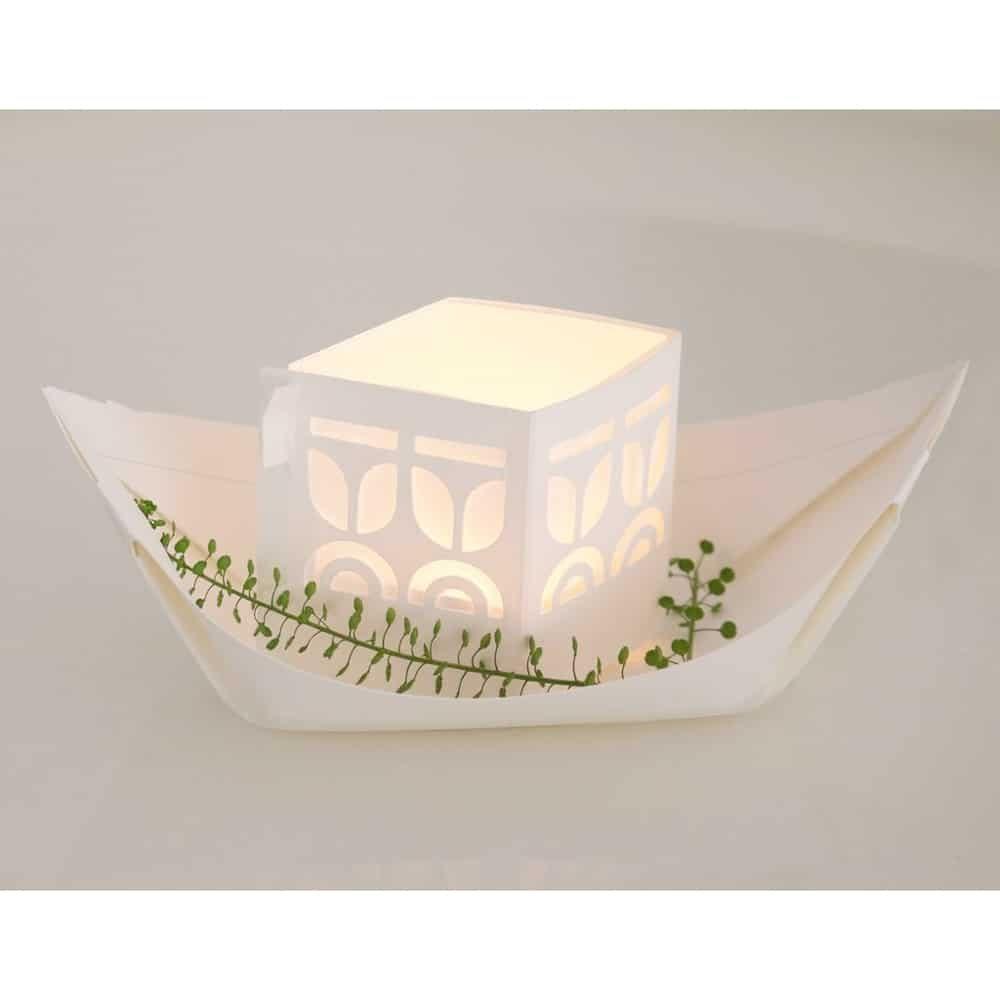 Rejse floating light boats